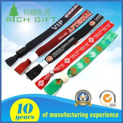 Promoção de venda por grosso de forma personalizada de logotipo da Pulseira de tecidos de poliéster NFC RFID Nylon Sport elásticos de fio de algodão da etiqueta têxteis descartáveis bracelete de tecido para o evento