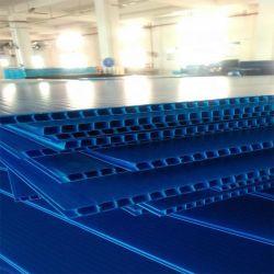 1220*2440mm PP波形のCoroplast Correxシートのプラスチックボード