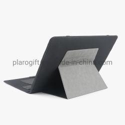 Geschäfts-Laptop mit Bank der Energien-10000mAh und kundenspezifischem Firmenzeichen