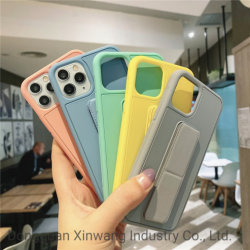 Sport TPU+PC fascetta da polso copertura per cellulare con supporto olio colorato Custodia per telefono con sistema magnetico per auto per iPhone 11