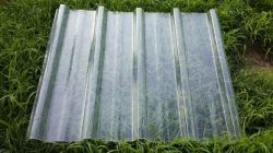 Feuille de toit translucide/panneau de toiture en fibre de verre ondulé pour l'Agriculture Warehouse