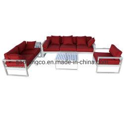 屋外のテラスのソファーの一定の金属の屋外7つの星のホテルのための物質的な鋳造アルミの庭のソファー