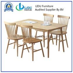 Mesa de madeira e cadeiras/casa de madeira sólida mesa com cadeiras/sala de jantar moderno conjunto de madeira sólida mesa de jantar Design