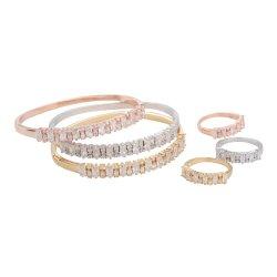 女性の方法宝石類グループ党衣裳のアクセサリの金の銀のローズの金の腕輪