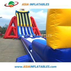 屋外の巨大で膨脹可能なスライド、膨脹可能なスライド、膨脹可能な水スライド