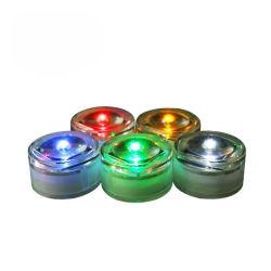 ضوء حركة المرور الوامض ضوء حركة المرور الصمام الثنائي الباعث للضوء الشمسي ضوء زجاج متعدد الألوان أو الزجاج