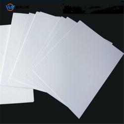 A4 de l'impression d'usine Carte Pet en polycarbonate en PVC blanc Feuille de base pour le plastique VIP des cartes à puce