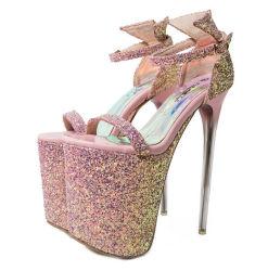 Schoenen van Sandals van de Hiel van de Wig van vrouwen de Buitensporige