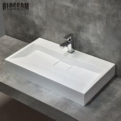 غرفة مدمجة مصنوعة من الحجر الصلبى الصناعي مصنوعة من قبل الإنسان تحتوي على أكريليك ريزين حمام فانيتي حوض غسيل الحوض