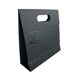 자석 Foldable 종이 봉지 고품질 핸드백을%s 가진 구멍을 뚫는 손잡이