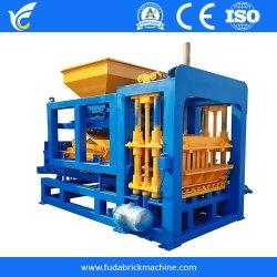 Qt4-15 ماكينة صناعة القرميد الآلية في غانا