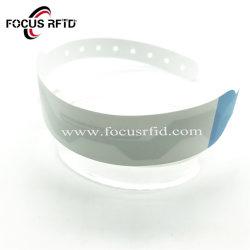 RFID 주식에 있는 헬스케어를 위한 공백 Tyvek 소맷동 H3 접착성 처분할 수 있는 중요한 팔찌