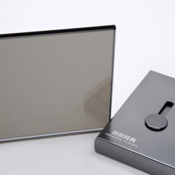 青銅色/青い/Green /Grey//Pink/の黒い金明確な銀は5mm着色された汚された反射シートのフロートガラス4mmを6mm染めた