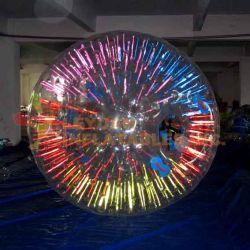 Zorbingの安い光沢がある膨脹可能な球はイベントのためのZorbの球をからかう
