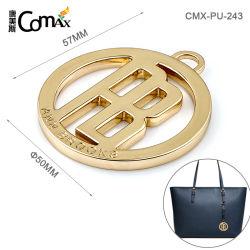 Commerce de gros Hot Sale tour personnalisé avec logo creux de la plaque de balise, design logo en métal or tag pour sac à main