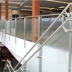 Chambre balustrade Designs Baluster verre en terrasse pour les escaliers bien