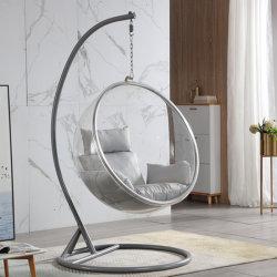 Bulle transparente chaise avec bille de verre