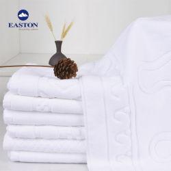Set Di Asciugamani Per Piscina Di Alta Qualità