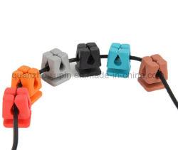 PVC OEM auricular con cable de datos USB Desk Tidy Clip