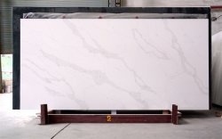 Personalizar Artificial populares blanco/amarillo/negro/gris/Crystal/Rosa/Verde/rojo/brilla/Calacatta encimera Slabsquartz de cuarcita de ladrillo de muebles de oficina