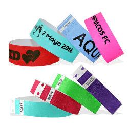 Commerce de gros échantillon gratuit bon marché de l'impression jet d'encre promotionnels personnalisés étanche Bracelet en papier jetables Tyvek bracelet RFID pour des événements