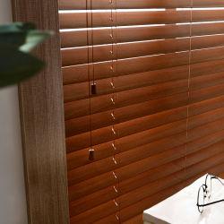 참피나무와 반 대나무 정전 실내 본사 및 커피를 위한 수동 베니스 롤러 맹목적인 작풍