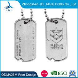 Design exclusivo em branco personalizadas promocionais reflexiva de metal em forma de osso bonitinho Dog Tag para venda