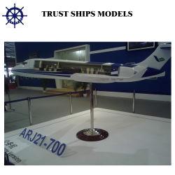 Модель самолета для продажи