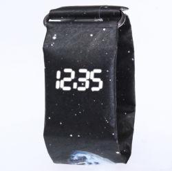 Papel impermeável Top-Selling relógio LED digital LED coloridos assistir populares adolescentes confiável relógios de papel