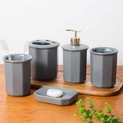 Keramisches Wäsche-Set, farbiges Glasur-Badezimmer Fünf-Stück Badezimmer-Set