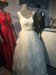 La moda el traje de noche, vestido de fiesta, las existencias en las manos, sólo USD2.59/PC