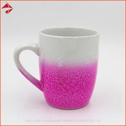 Revêtement de couleur Rainbow tasse à café en céramique avec la moitié de la cuvette de scintillant de couleur de pulvérisation