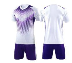 2019年のHotsaleのサッカーのワイシャツのFotballの衣類のサッカーかFotballジャージーの方法服装の人のスポーツの摩耗のCustomeの通気性の衣類
