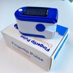 Кровь кислородом пальца или Finggertip монитора с помощью пульсоксиметра непосредственно на заводе