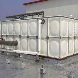 Болты и гайки подключен вид в разрезе FRP GRP вод панели резервуара для воды