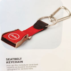 Красный авиакомпании Airasia блестящими замка ремня безопасности переднего сиденья в самолете цепочки ключей подарок движении Tag полет любовник цепочки ключей личный ключ кольцо