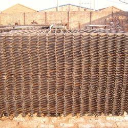 الزنك سور الحديد الحديد بعد سلك السور Mesh خفض ساخن مجلفن الجدار ما بعد معدنية الجدار الوظائف