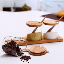 S/4ガラスは木のホールダーの木のスプーンの香辛料の瓶が付いている瓶に味を付ける