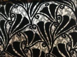 La ropa normal acudiendo tapizados para el sofá y sillón
