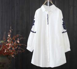 2020 Printemps et automne Women's nouvelle mode décontracté coton brodé chemisier à manches longues