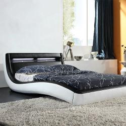 Bedrommの家具の柔らかいLEDの軽いベッド