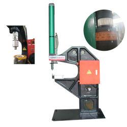 Auto Estampagem máquina equipada com cilindro Pneumo-Hydraulic