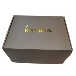Custom Logo Gold Hot Stamping Geschenkbox Clear White Clothing Packaging Craft Paper Box