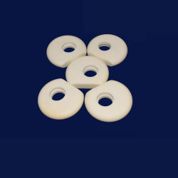 Réfractaires de haute surface polie de la Chine ZRO2 Anneaux en céramique de zircone Commerce de gros