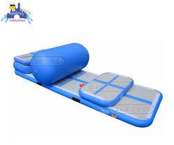 膨脹可能な体操のマットのヨガのスポーツのマット水販売のための浮遊空気トラックマット