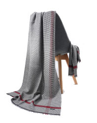 De Sjaal van de Sjaal van in het groot Dame Cacuss in een Goede Kwaliteit 4