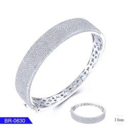 新しいデザイン銀の宝石類の女性のための立方ジルコニアの腕輪