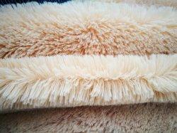 연약한 온난한 폴리에스테 마이크로 섬유 직물이 산호 양털 잠옷 욕의에 의하여 구두를 신긴다