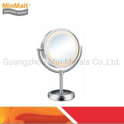 LED MxHy1178が付いている真鍮の装飾的な拡大ミラー