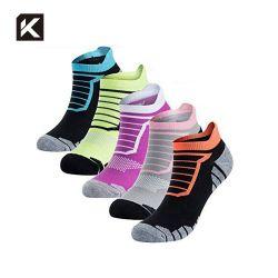 KtL005人のソックスのタケローカットはOEMパターンロゴのPedsのソックスの足首メンズ実行のための白く黒い綿の運動選手のスポーツのソックスをカスタム設計する